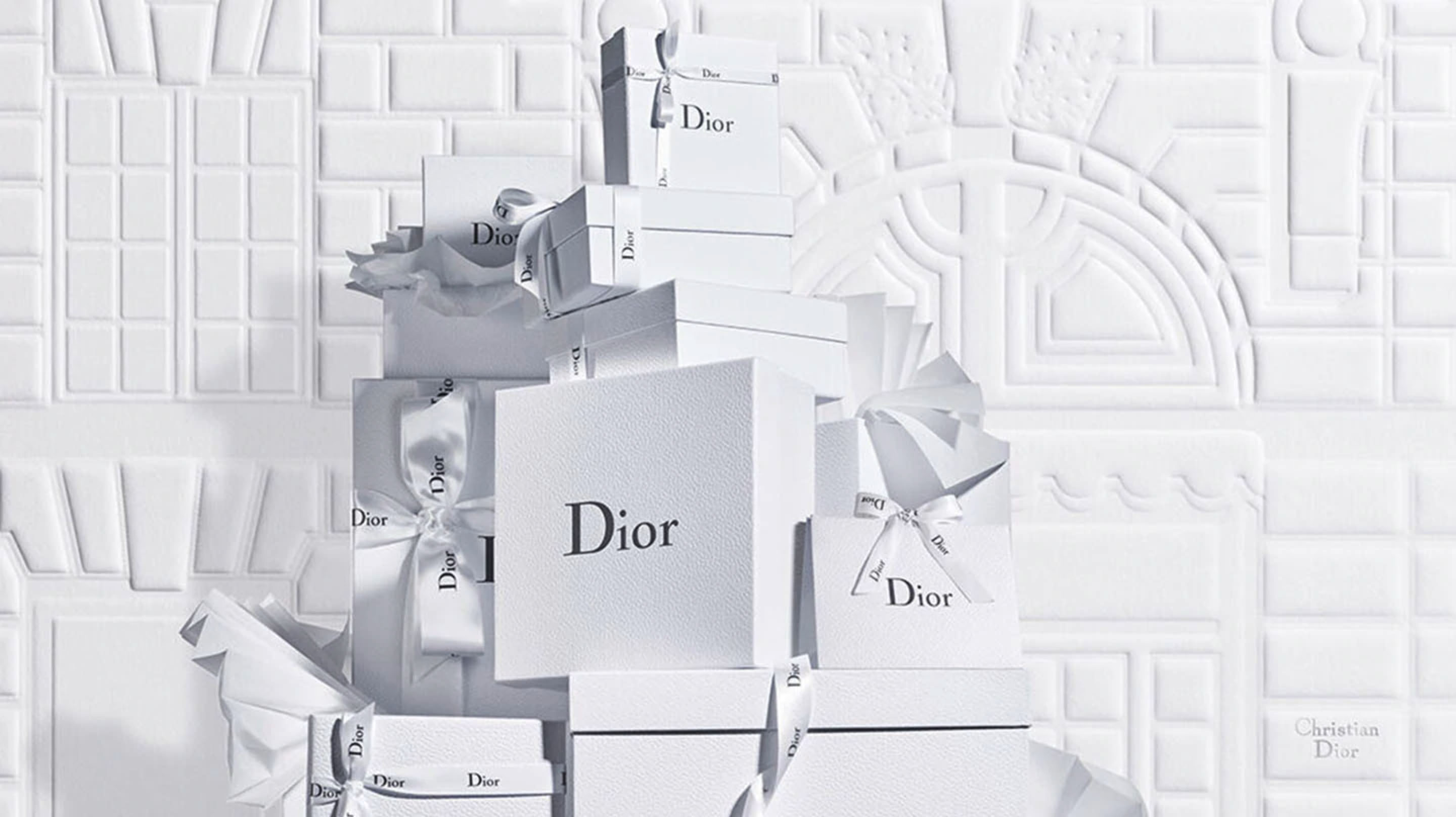 Gift wrapping - Dior